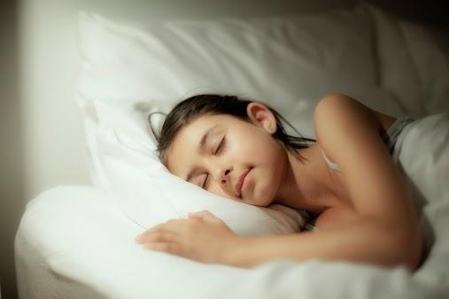 nằm ngủ hướng nào tốt